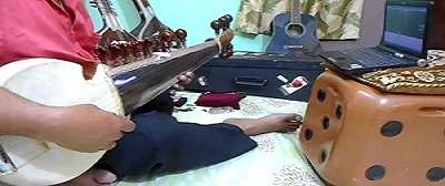 Sarod-training-online-guru-instructors-Indian-trainer-learning-lessons